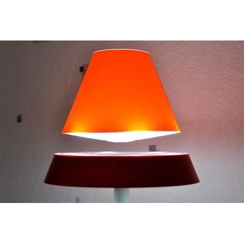 Lampe ALTHURIA PureLine ROUGE en lévitation