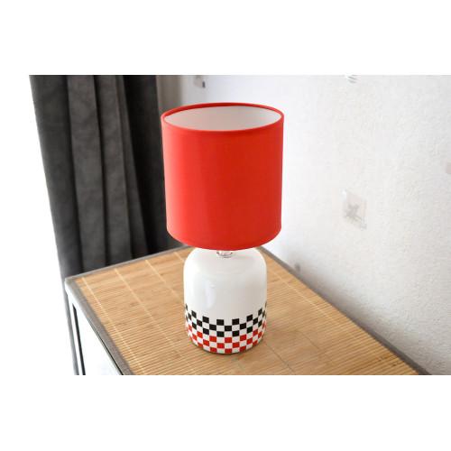lampe carreaux noir rouge
