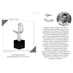 Statue Speranza Blanche Brillante avec descriptif du l'artiste